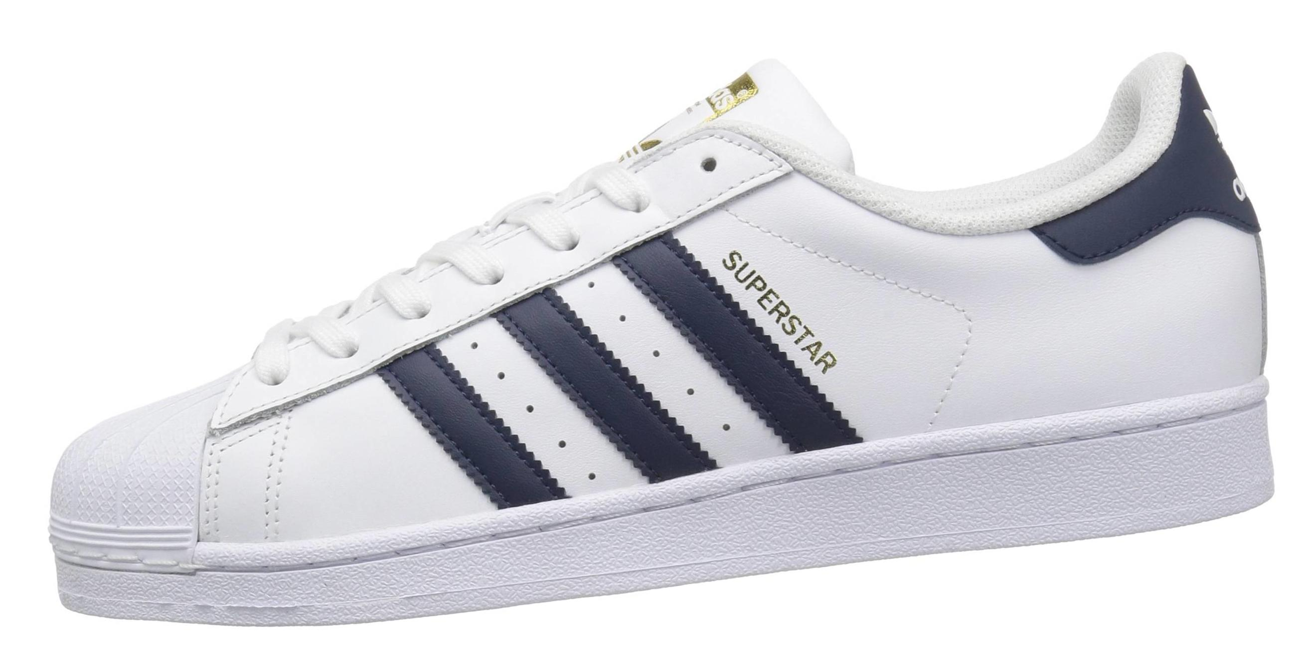 8 плюсов и 1 минус Adidas Superstar Foundation