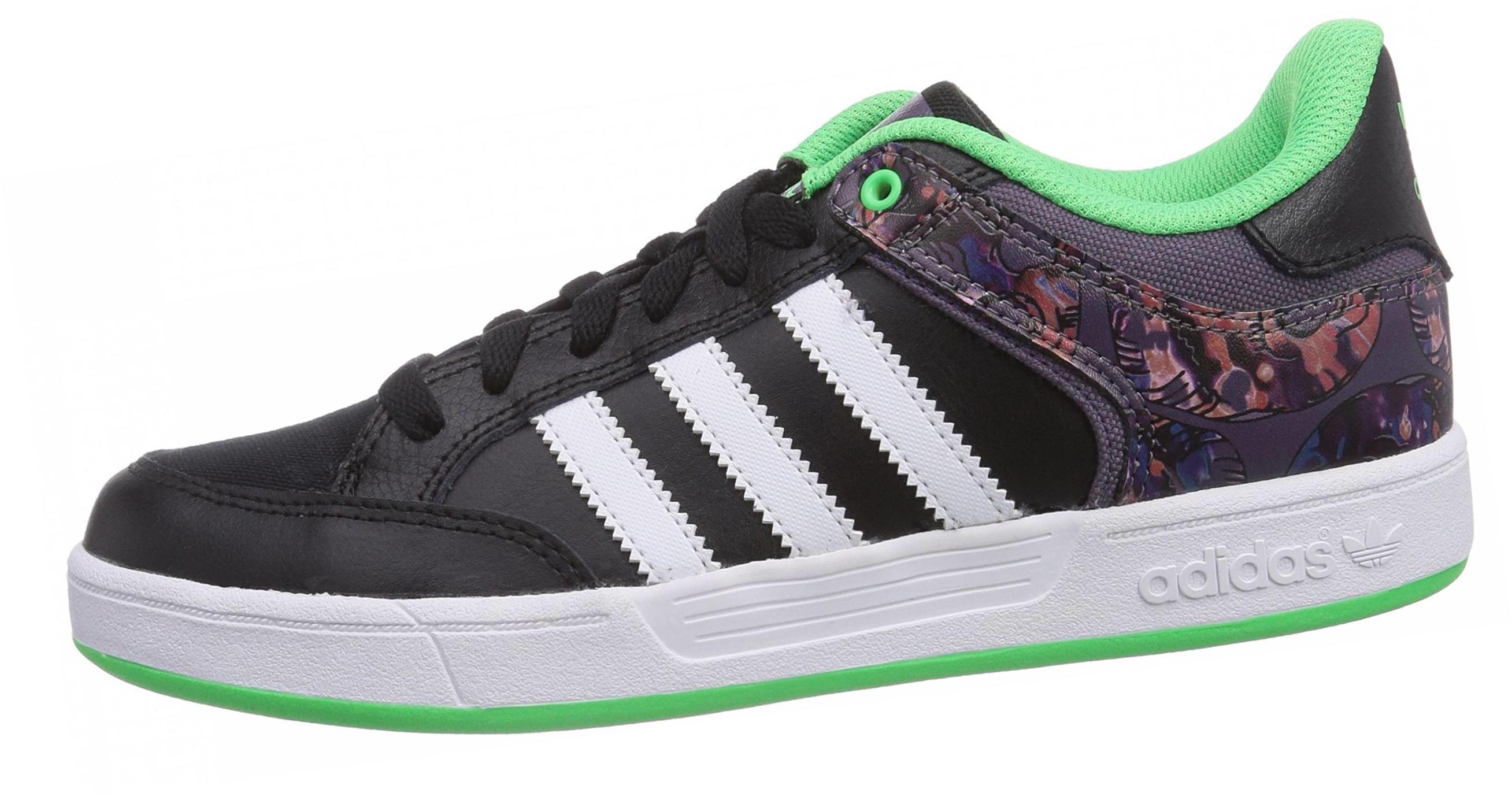 8 плюсов и 1 минус Adidas Varial Low