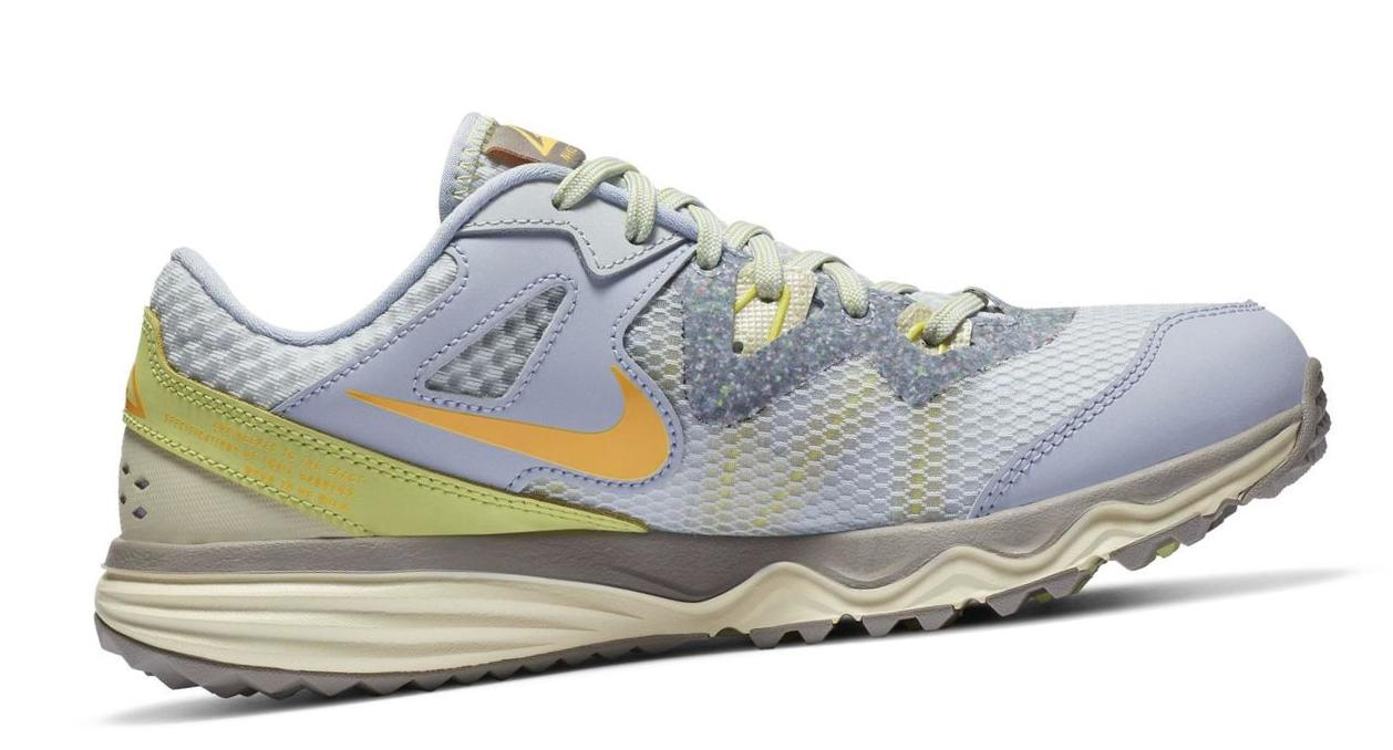 Nike Juniper Trail Ghost/Pure Platinum/Limelight/Laser Orange