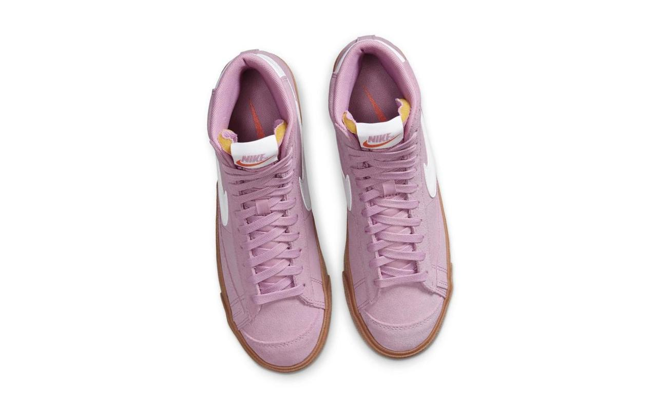 Nike Blazer Mid '77 Beyond Pink/Gum Medium Brown/Total Orange/White