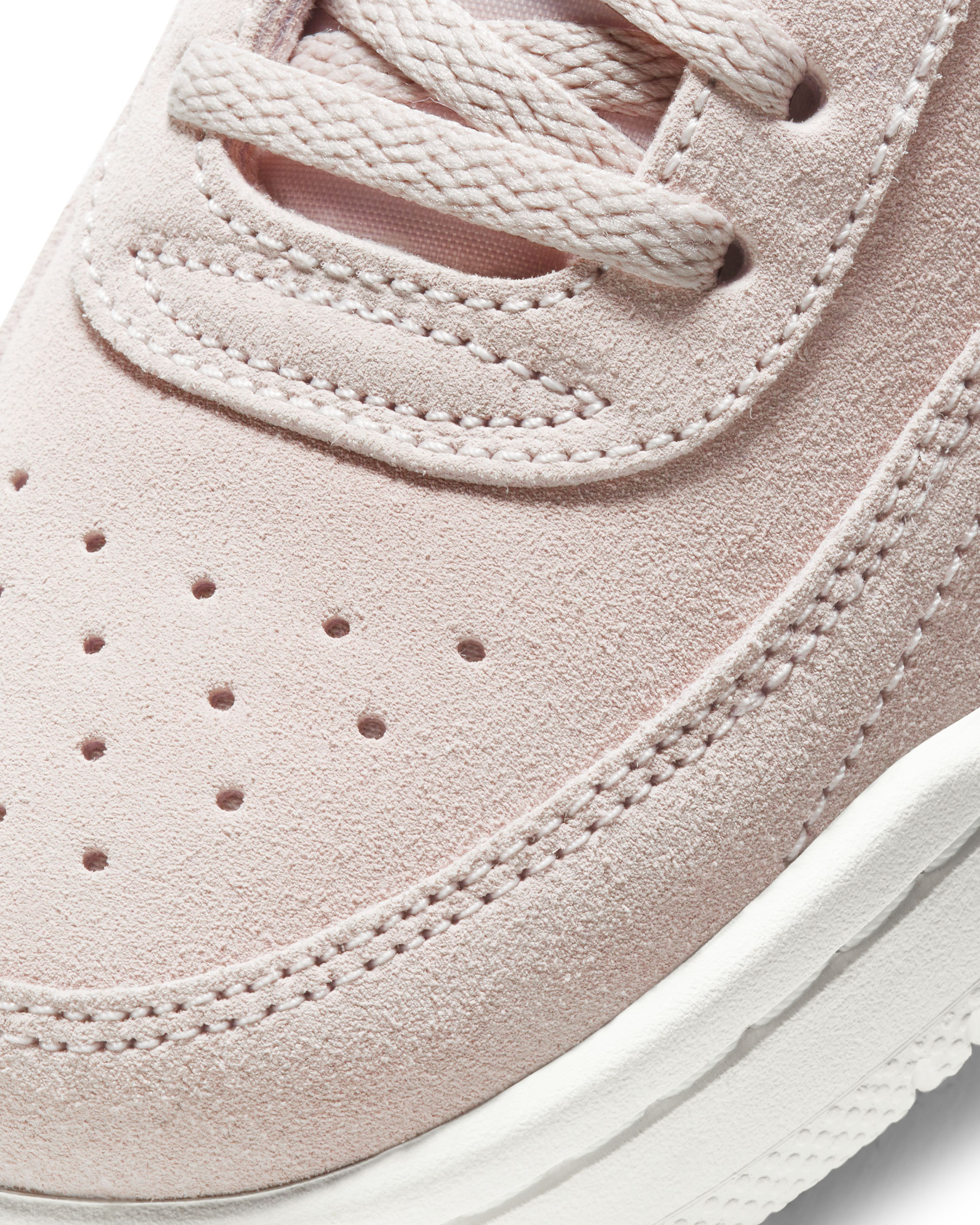 Nike Court Vintage Premium Barely Rose/Summit White