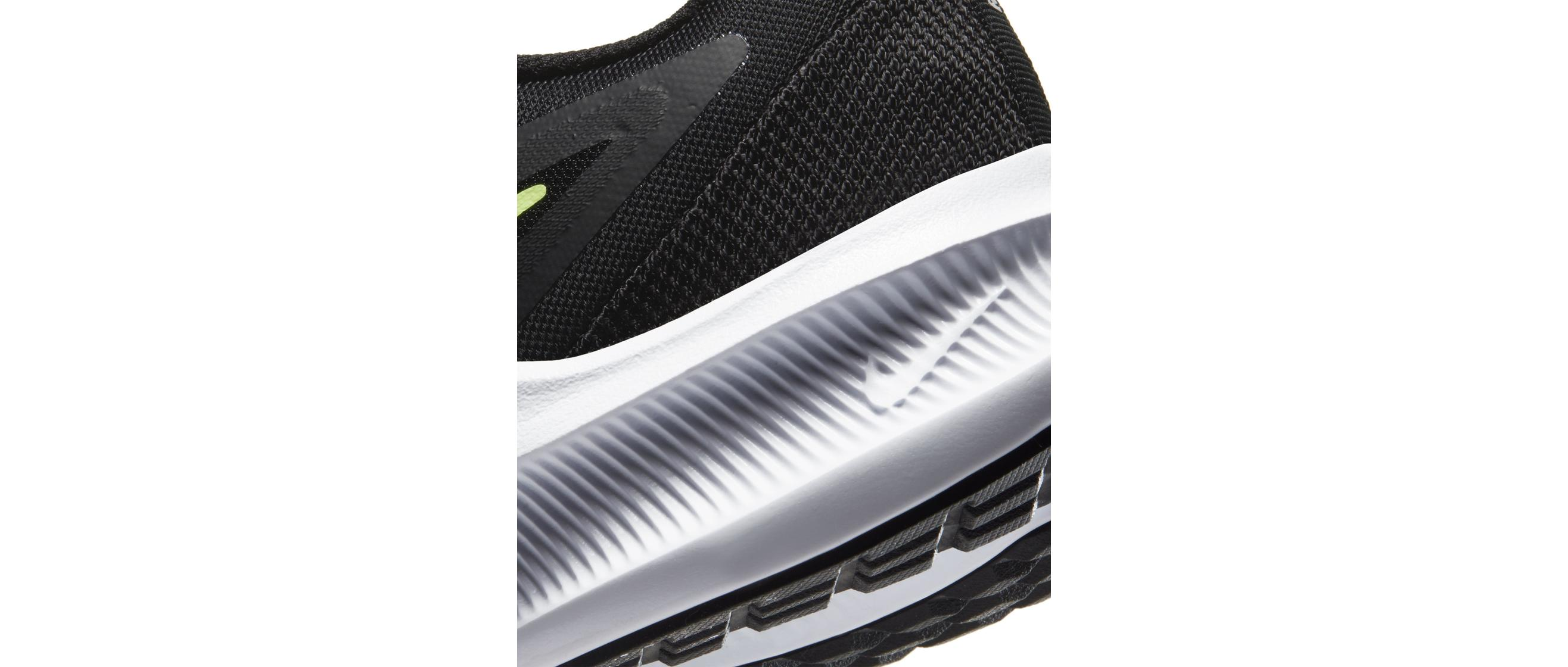 Nike Downshifter 10 Black/University Gold/White/Volt Glow